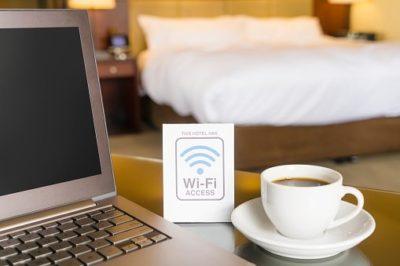 Pourquoi Faut-il Éviter le Wi-Fi Gratuit des Hôtels et Lieux Publiques.