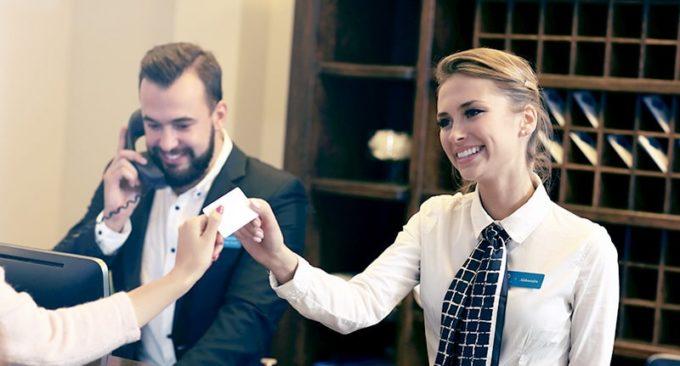 8 Astuces à connaître pour économiser gros sur les hôtels !